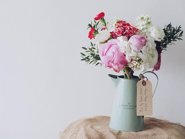 きれいな花瓶で飾られた花